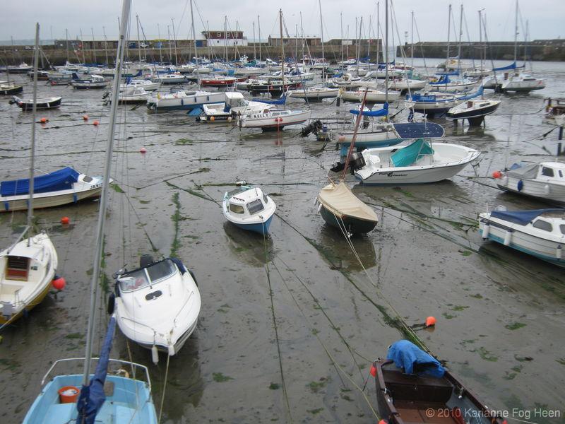 Dry harbor